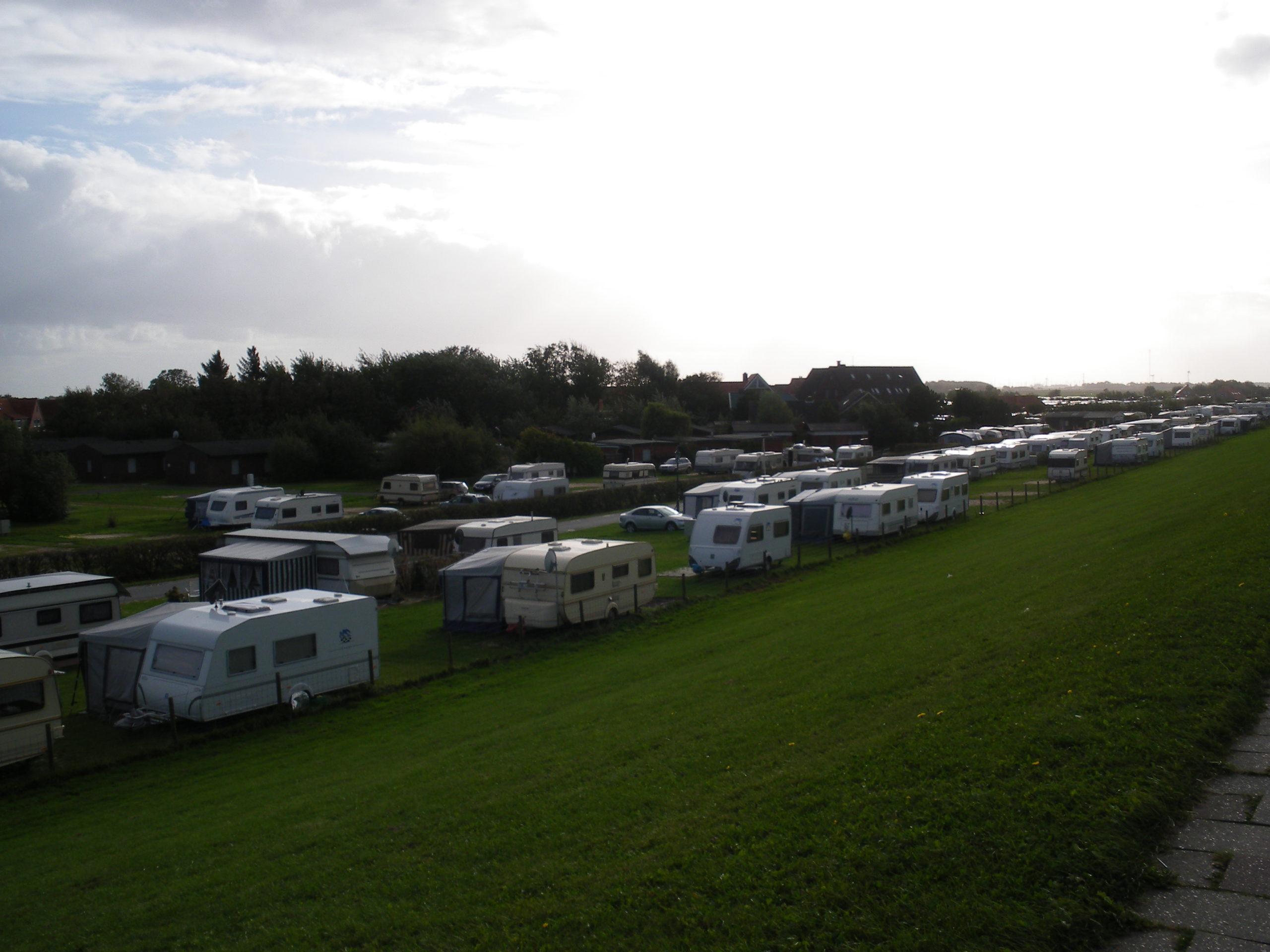 Blick über den Campingplatz Neuharlingersiel 2