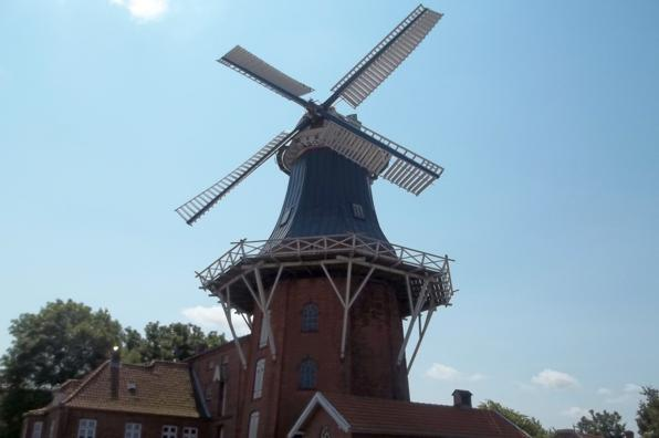 Die Deichmühle in Norden