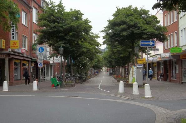 Die -Große Straße- in Emden