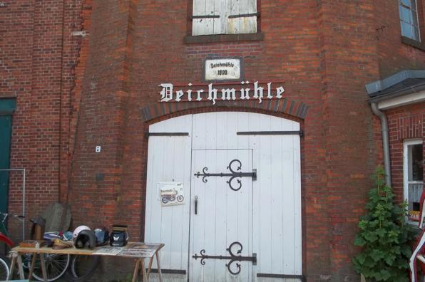 Eingang zum Museum in der Deichmühle