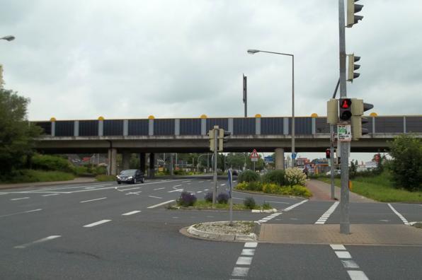Die Emder Solarbrücke