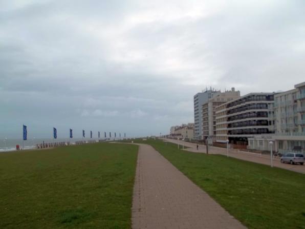 Dunkle Wolken und Sturm auf Norderney